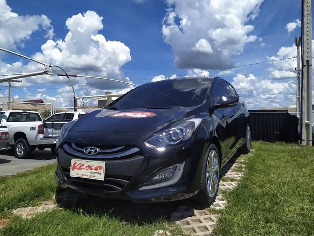 //www.autoline.com.br/carro/hyundai/i30-18-gls-16v-gasolina-4p-automatico/2014/mineiros-go/12225088