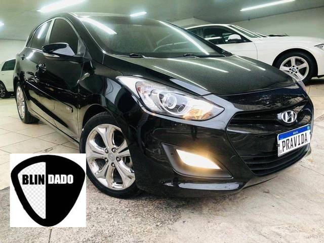 //www.autoline.com.br/carro/hyundai/i30-16-gd-16v-flex-4p-automatico/2013/sao-paulo-sp/12580534