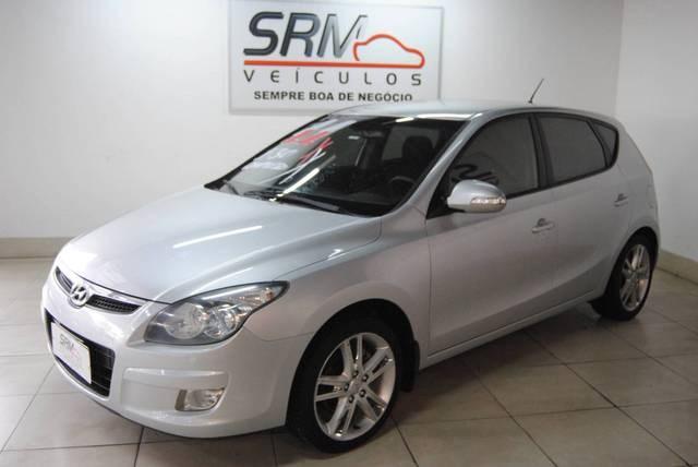 //www.autoline.com.br/carro/hyundai/i30-20-cw-16v-gasolina-4p-manual/2011/contagem-mg/13260754