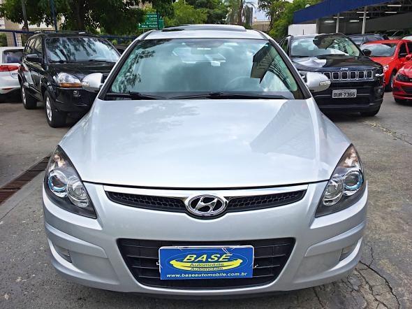 //www.autoline.com.br/carro/hyundai/i30-20-top-cw-16v-gasolina-4p-automatico/2011/sao-paulo-sp/13513859