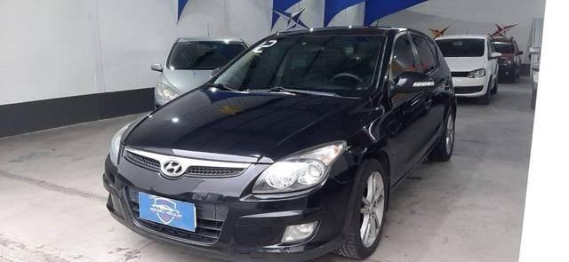 //www.autoline.com.br/carro/hyundai/i30-20-cw-16v-gasolina-4p-manual/2012/cabo-frio-rj/13581785