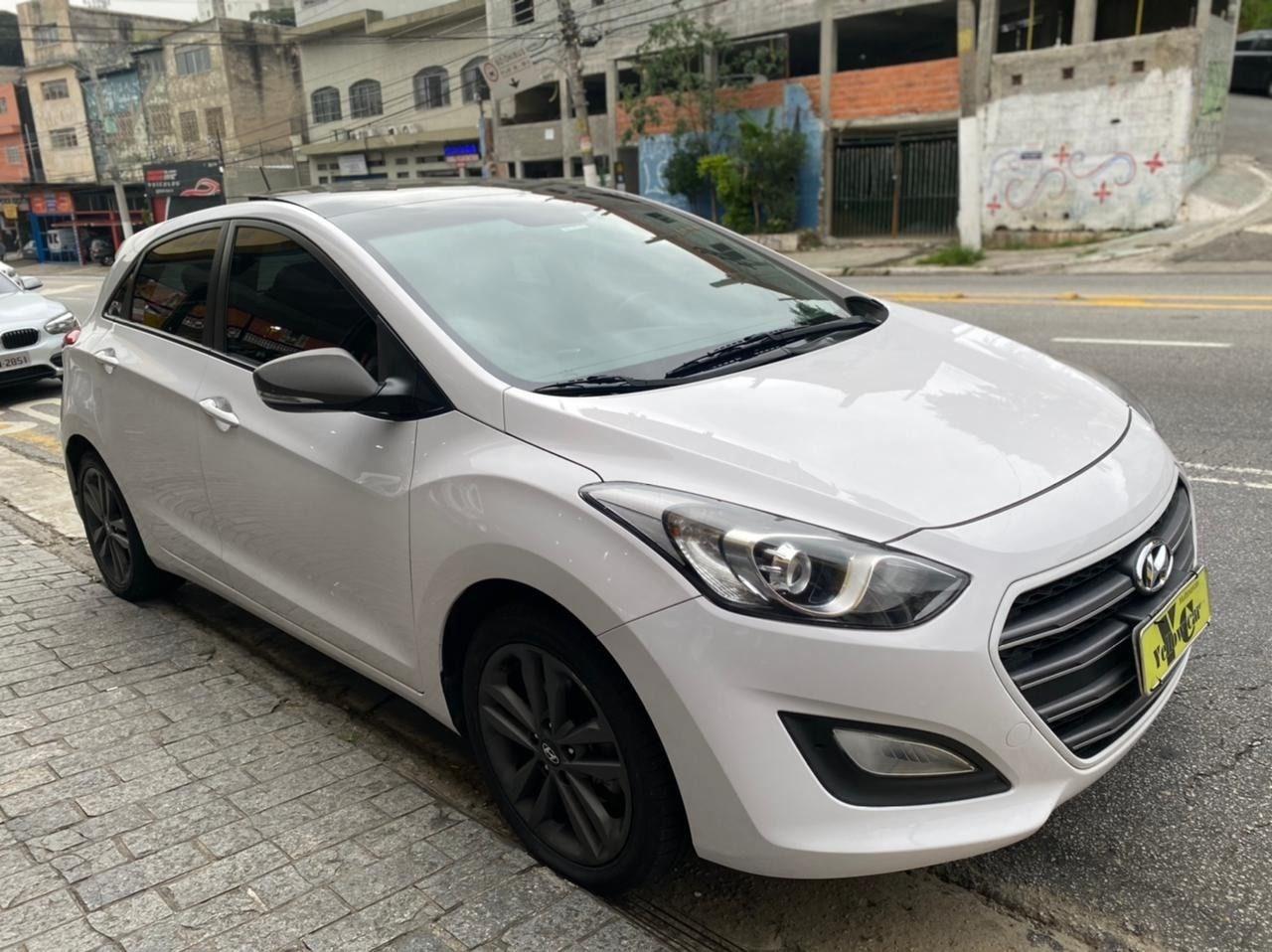 //www.autoline.com.br/carro/hyundai/i30-18-16v-gasolina-4p-automatico/2016/sao-paulo-sp/13908154
