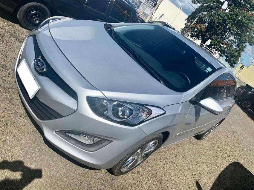 //www.autoline.com.br/carro/hyundai/i30-18-gls-16v-gasolina-4p-automatico/2014/conchal-sp/14332633