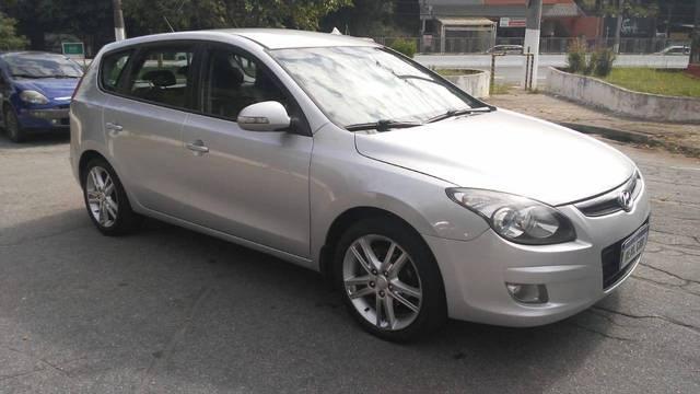 //www.autoline.com.br/carro/hyundai/i30-20-gls-cw-16v-gasolina-4p-manual/2011/sao-paulo-sp/14662710
