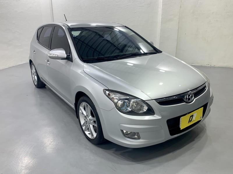 //www.autoline.com.br/carro/hyundai/i30-20-16v-gasolina-4p-manual/2012/porto-alegre-rs/14955292