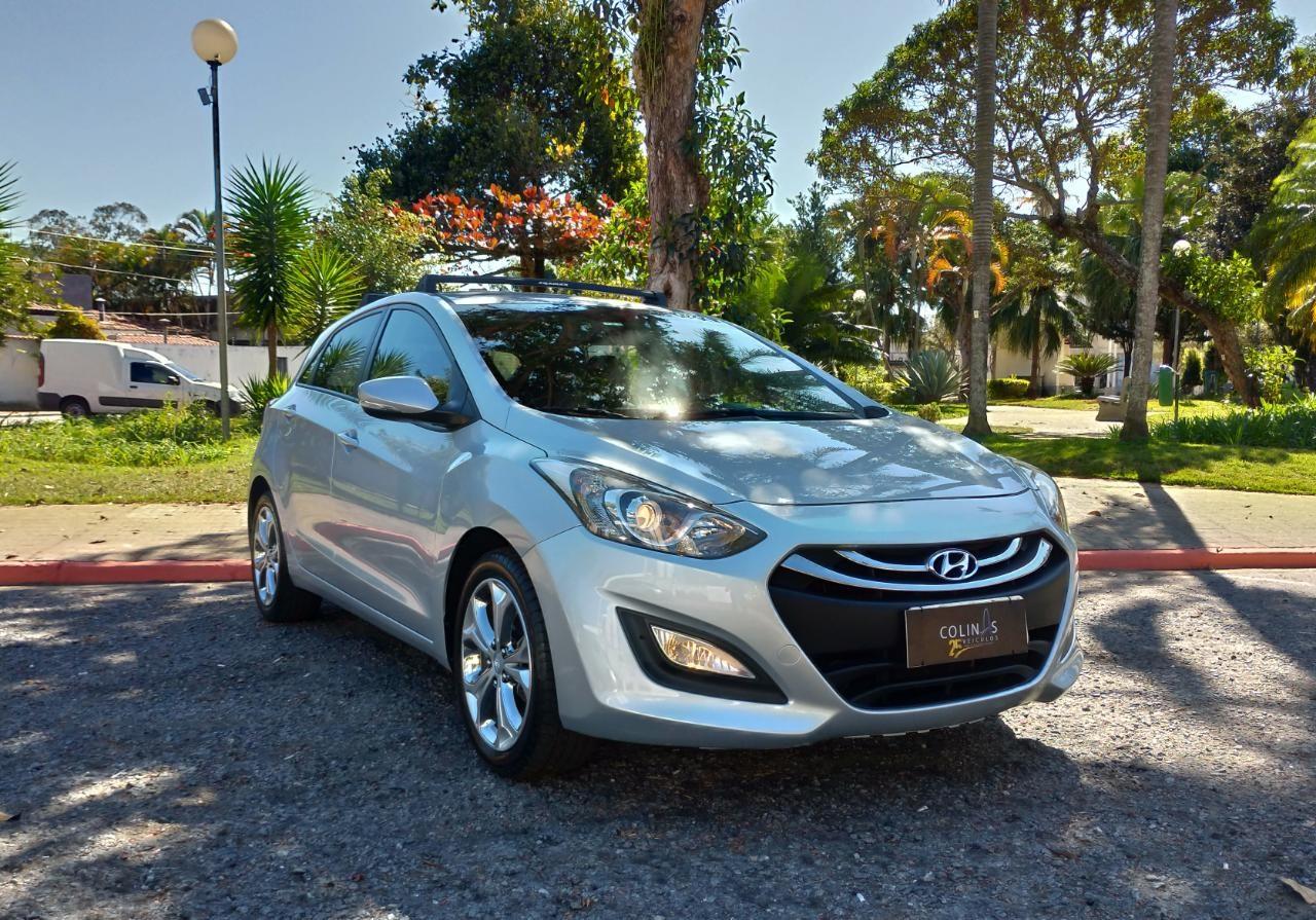 //www.autoline.com.br/carro/hyundai/i30-18-gls-16v-gasolina-4p-automatico/2015/sao-jose-dos-campos-sp/15755887