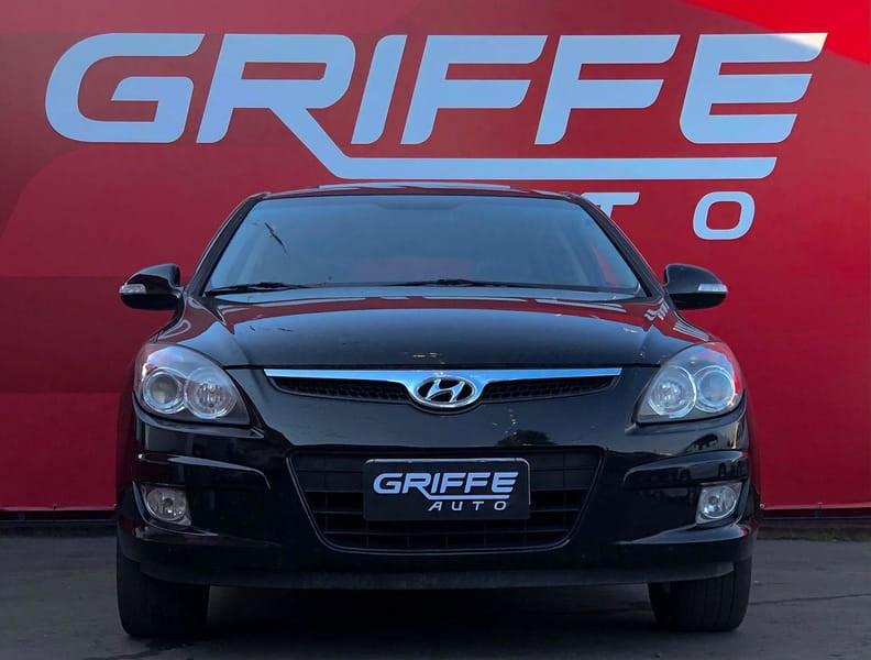 //www.autoline.com.br/carro/hyundai/i30-20-cw-16v-gasolina-4p-automatico/2012/curitiba-pr/15835018