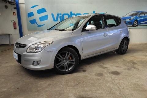 //www.autoline.com.br/carro/hyundai/i30-20-gls-16v-gasolina-4p-automatico/2010/santa-cruz-do-sul-rs/15852409