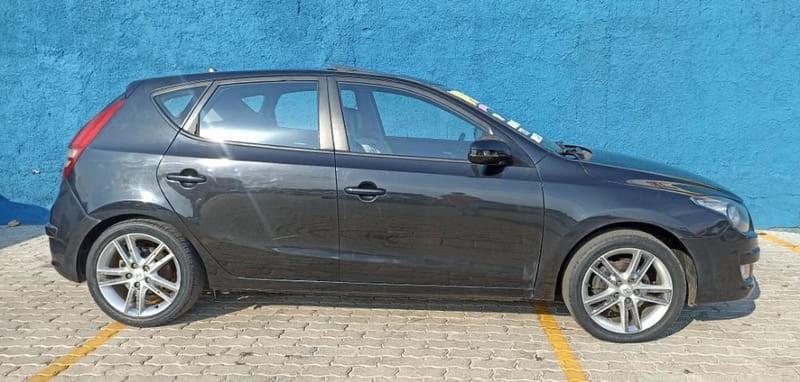 //www.autoline.com.br/carro/hyundai/i30-20-gls-16v-gasolina-4p-automatico/2010/brasilia-df/15884991
