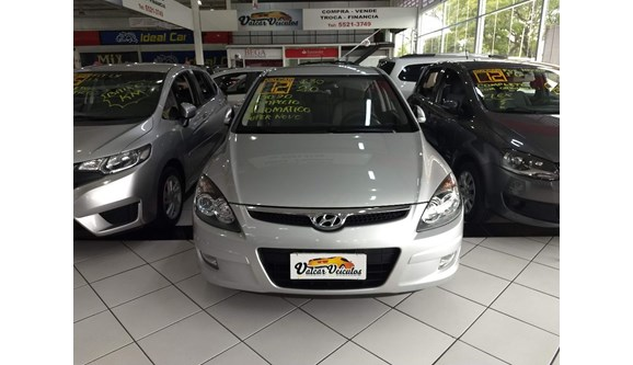 //www.autoline.com.br/carro/hyundai/i30-20-gls-16v-gasolina-4p-automatico/2012/sao-paulo-sp/6085934