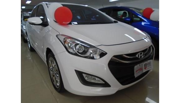 //www.autoline.com.br/carro/hyundai/i30-18-16v-gasolina-4p-automatico/2015/sao-paulo-sp/7423625