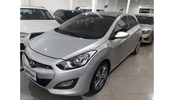 //www.autoline.com.br/carro/hyundai/i30-16-gd-16v-flex-4p-automatico/2013/sao-paulo-sp/9377503