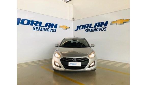 //www.autoline.com.br/carro/hyundai/i30-18-16v-gasolina-4p-automatico/2014/brasilia-df/9659131