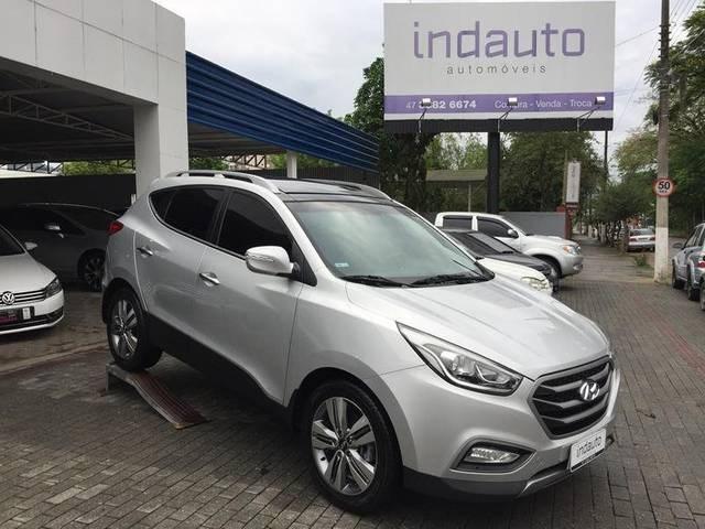 //www.autoline.com.br/carro/hyundai/ix35-20-gls-16v-flex-4p-automatico/2016/timbo-sc/12515988