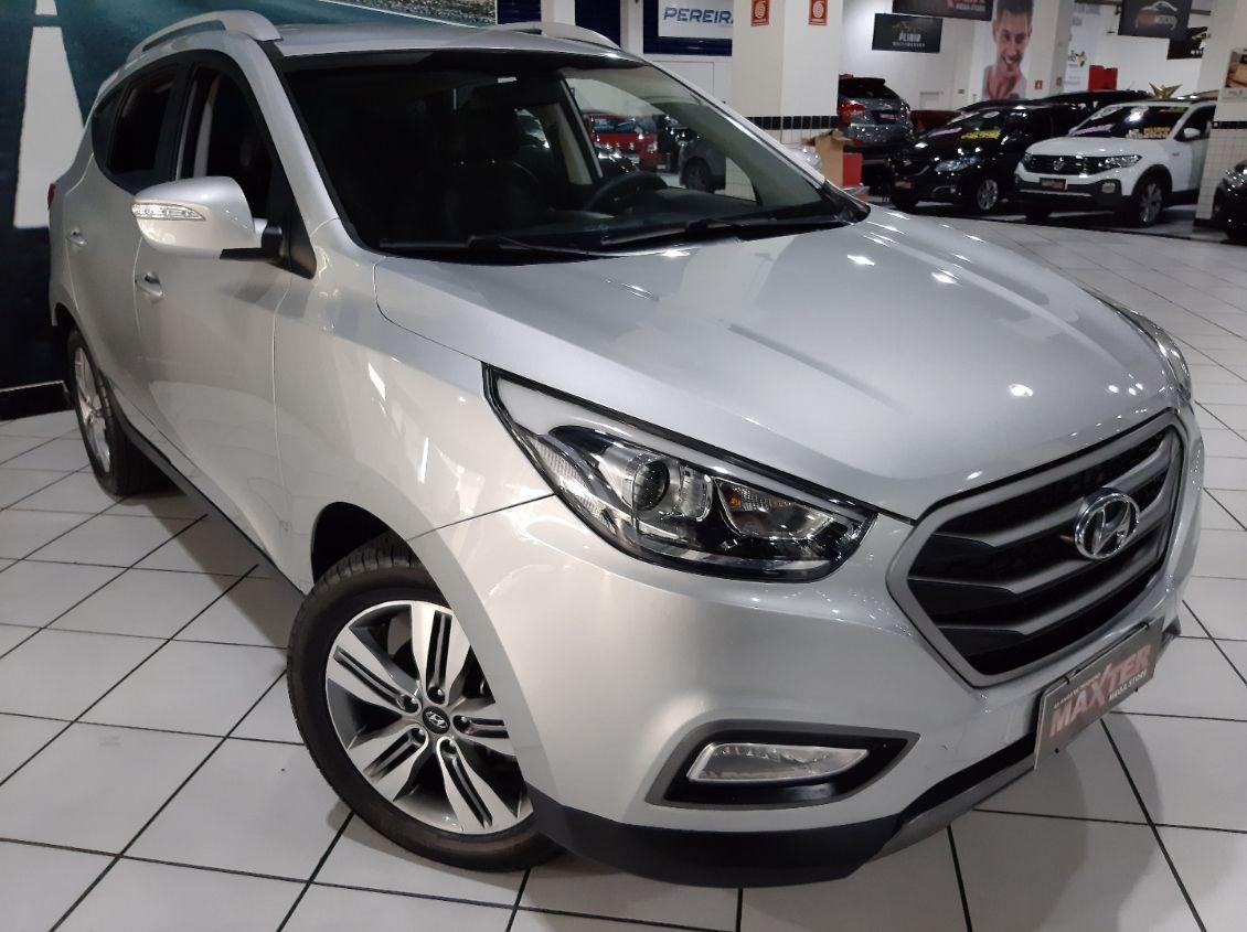 //www.autoline.com.br/carro/hyundai/ix35-20-gl-16v-flex-4p-automatico/2017/sao-paulo-sp/12641616