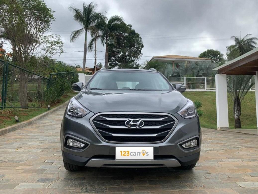 //www.autoline.com.br/carro/hyundai/ix35-20-gl-16v-flex-4p-automatico/2020/sao-paulo-sp/12768830