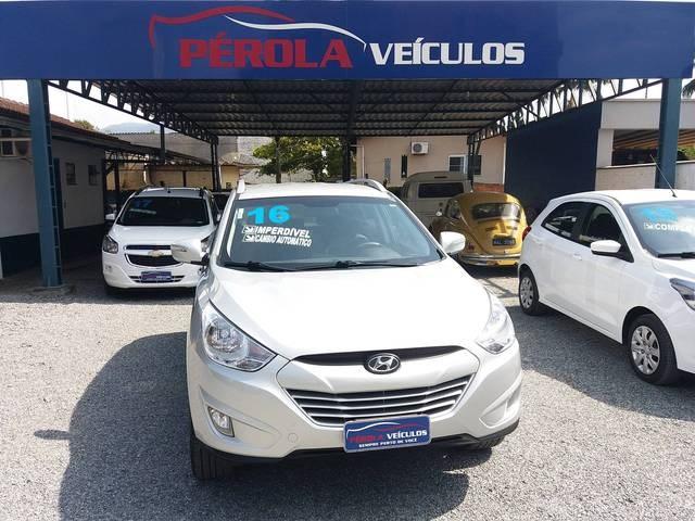 //www.autoline.com.br/carro/hyundai/ix35-20-gls-16v-flex-4p-automatico/2016/timbo-sc/13041084