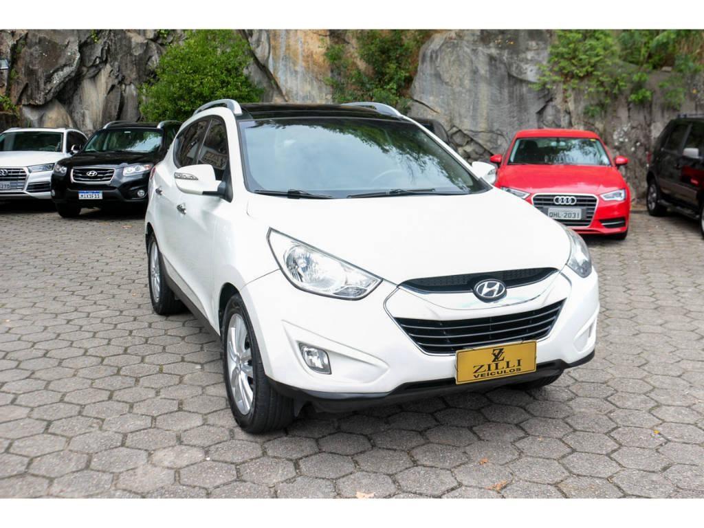 //www.autoline.com.br/carro/hyundai/ix35-20-gls-2wd-16v-170cv-4p-gasolina-automatico/2012/florianopolis-sc/13374479
