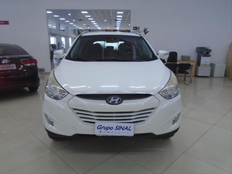 //www.autoline.com.br/carro/hyundai/ix35-20-16v-flex-4p-automatico/2014/sao-paulo-sp/13553436