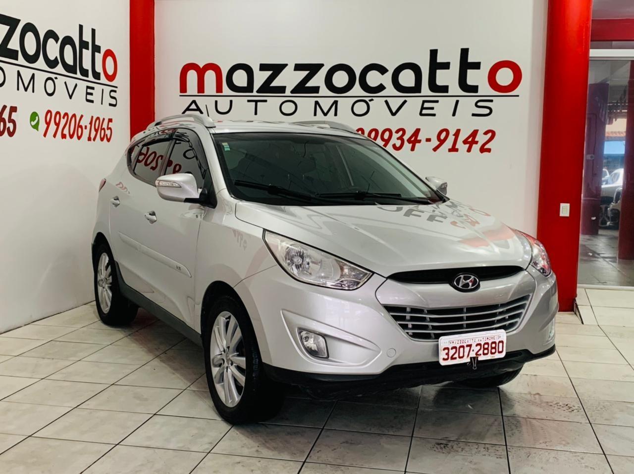 //www.autoline.com.br/carro/hyundai/ix35-20-16v-170cv-2wd-gasolina-4p-automatico/2013/joinville-sc/14062021