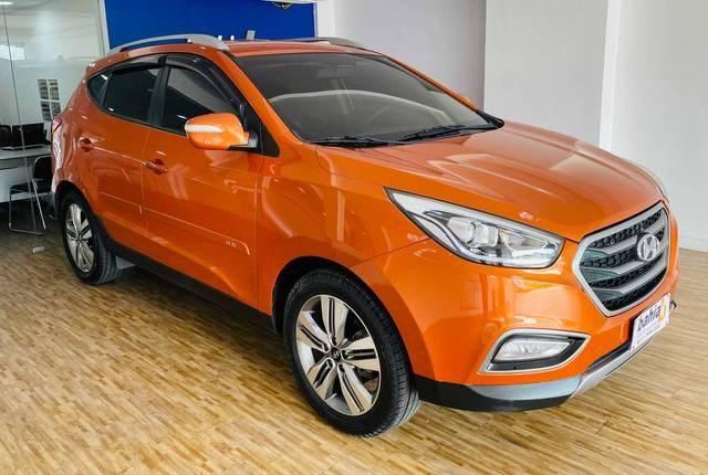 //www.autoline.com.br/carro/hyundai/ix35-20-gls-16v-flex-4p-automatico/2016/rio-de-janeiro-rj/14089278