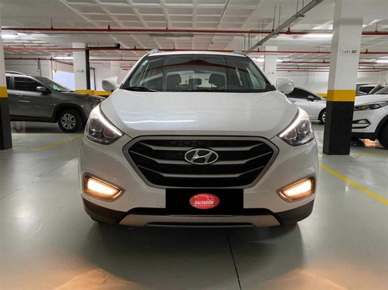 //www.autoline.com.br/carro/hyundai/ix35-20-gl-16v-flex-4p-automatico/2018/salvador-ba/14312256