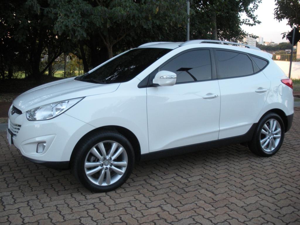 //www.autoline.com.br/carro/hyundai/ix35-20-gls-16v-flex-4p-automatico/2016/ribeirao-preto-sp/14693066