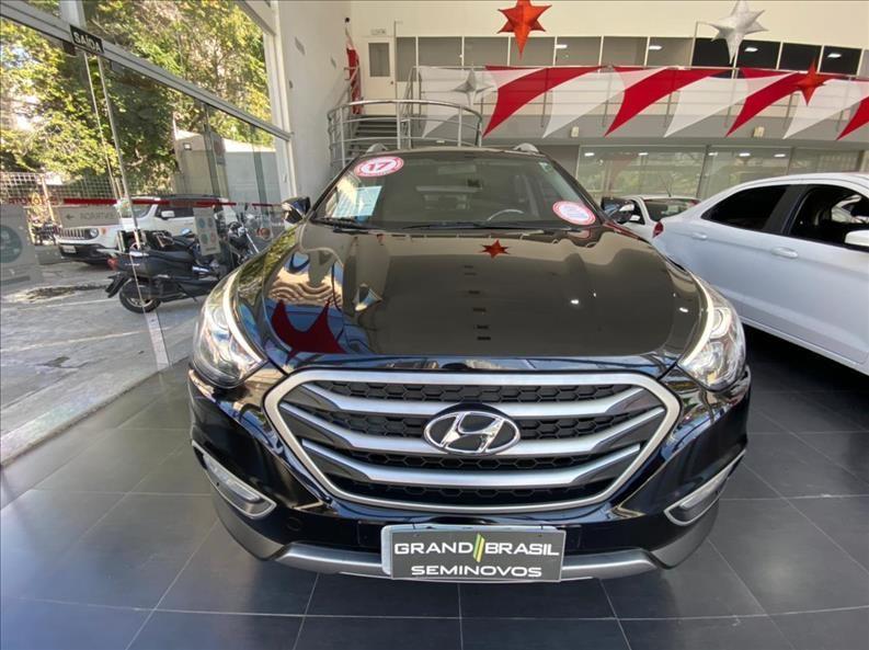 //www.autoline.com.br/carro/hyundai/ix35-20-gls-16v-flex-4p-automatico/2017/sao-paulo-sp/14763170