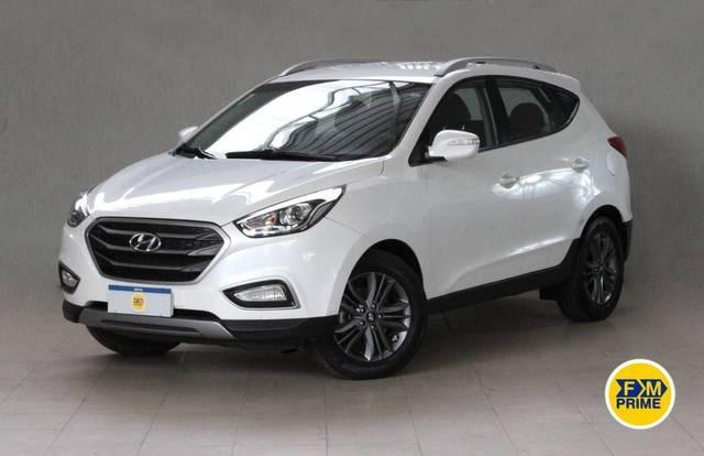 //www.autoline.com.br/carro/hyundai/ix35-20-gl-16v-flex-4p-automatico/2018/recife-pe/14885685