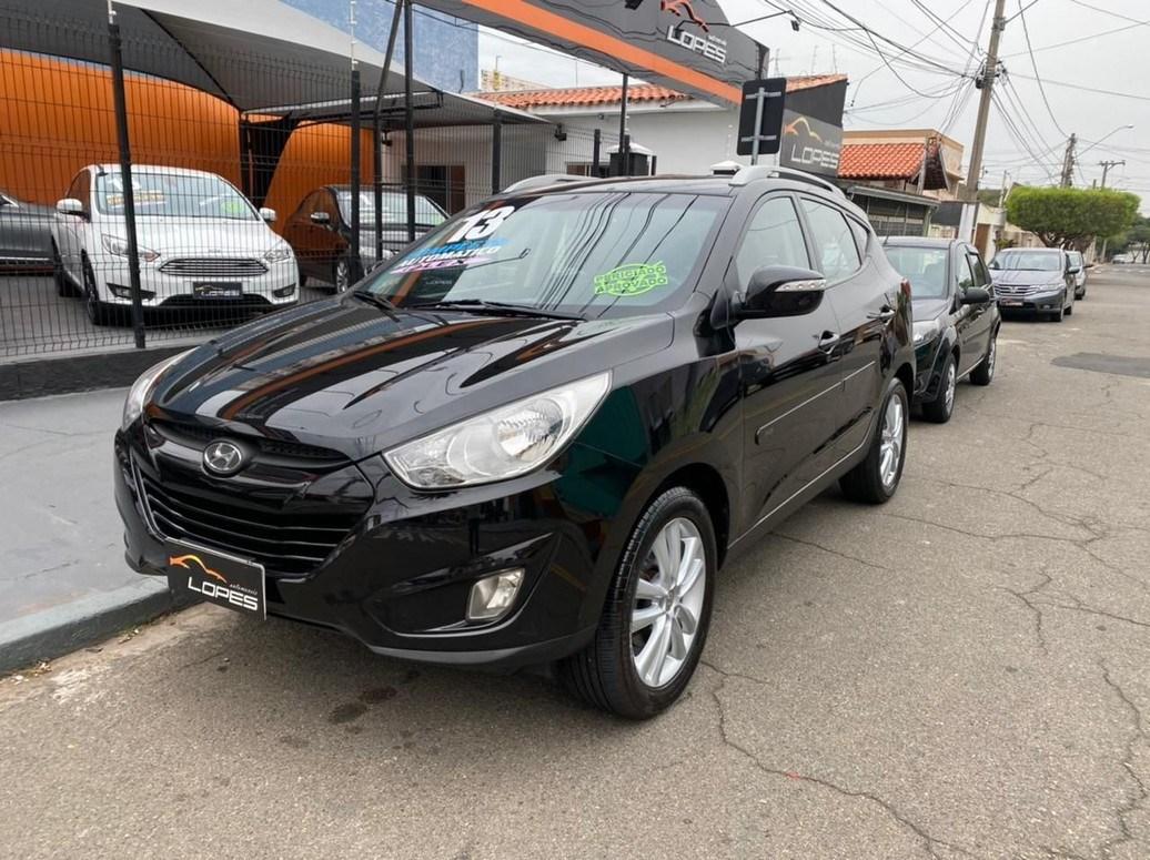 //www.autoline.com.br/carro/hyundai/ix35-20-16v-flex-4p-automatico/2013/indaiatuba-sp/14890725