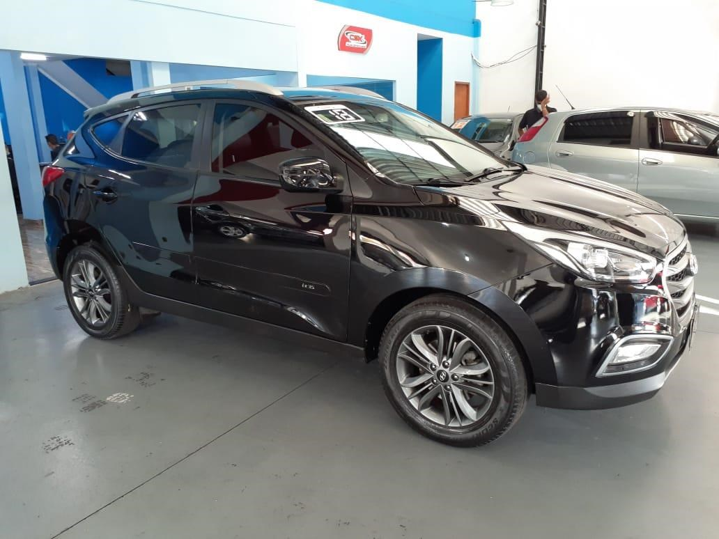 //www.autoline.com.br/carro/hyundai/ix35-20-gl-16v-flex-4p-automatico/2018/osasco-sp/14905226