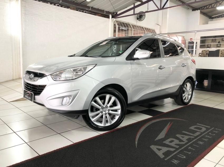 //www.autoline.com.br/carro/hyundai/ix35-20-gls-16v-gasolina-4p-automatico/2012/vacaria-rs/14909996