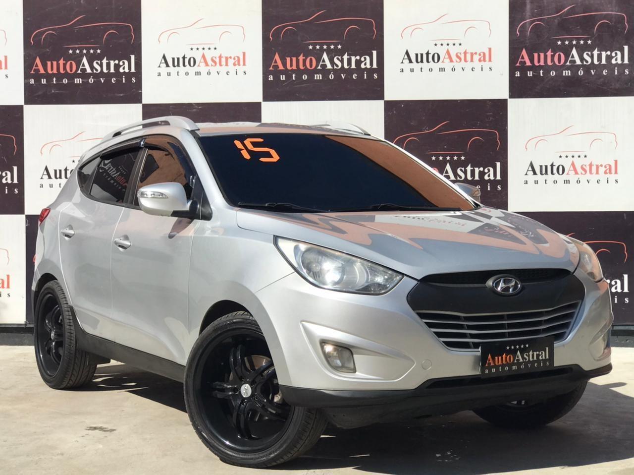 //www.autoline.com.br/carro/hyundai/ix35-20-16v-flex-4p-automatico/2015/itaborai-rj/14951519