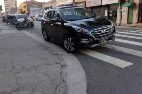 //www.autoline.com.br/carro/hyundai/ix35-20-launching-edition-16v-flex-automatico/2016/santo-andre-sp/14964900