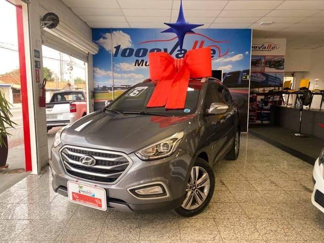 //www.autoline.com.br/carro/hyundai/ix35-20-gls-16v-flex-4p-automatico/2016/sao-jose-dos-campos-sp/15495238