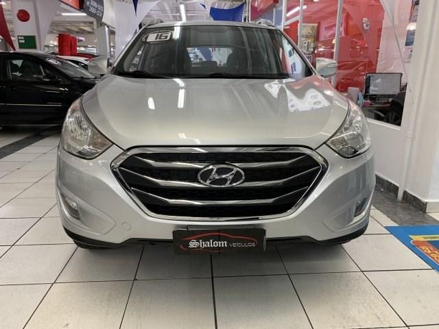 //www.autoline.com.br/carro/hyundai/ix35-20-gls-16v-flex-4p-automatico/2016/barueri-sp/15501542