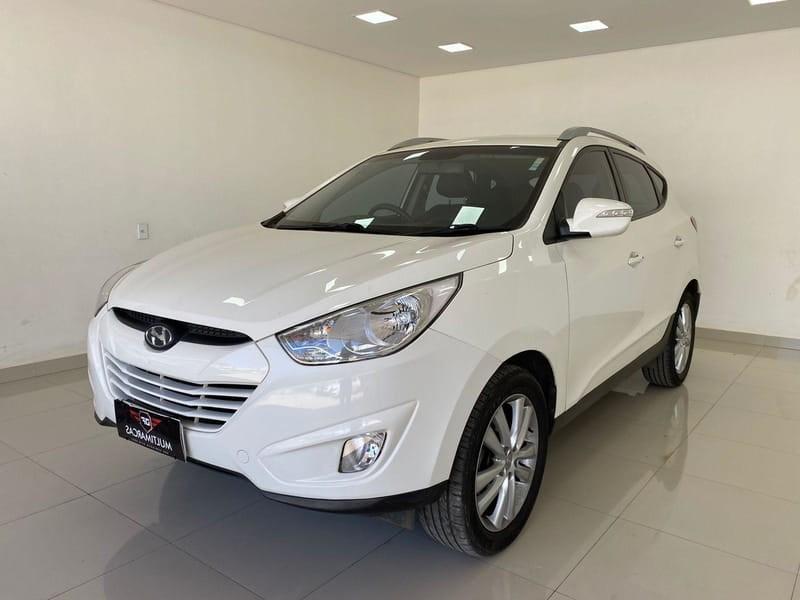 //www.autoline.com.br/carro/hyundai/ix35-20-16v-flex-4p-automatico/2015/brasilia-df/15570921