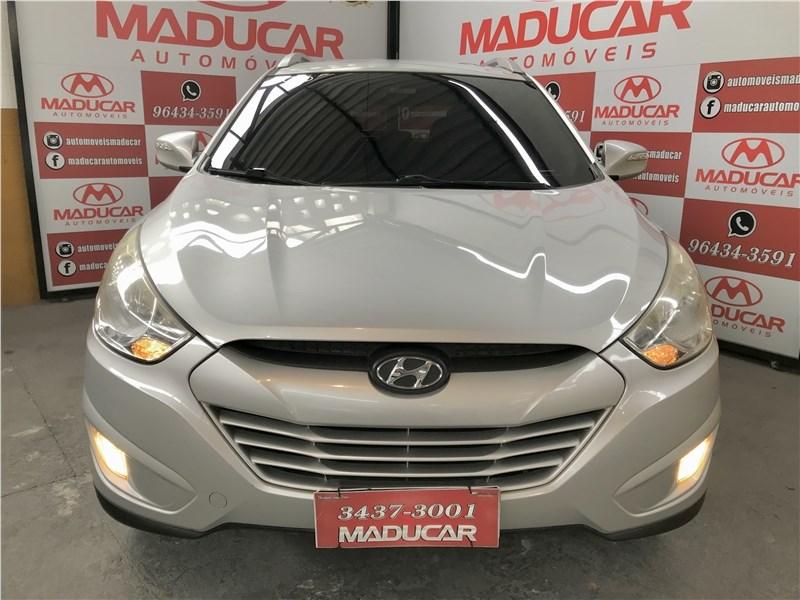//www.autoline.com.br/carro/hyundai/ix35-20-16v-flex-4p-automatico/2015/rio-de-janeiro-rj/15574465