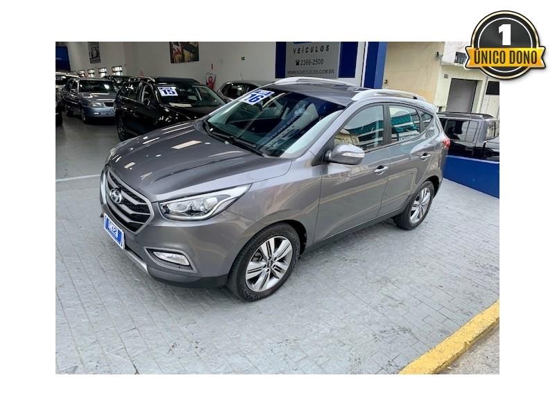 //www.autoline.com.br/carro/hyundai/ix35-20-launching-edition-16v-flex-automatico/2016/sao-paulo-sp/15630506