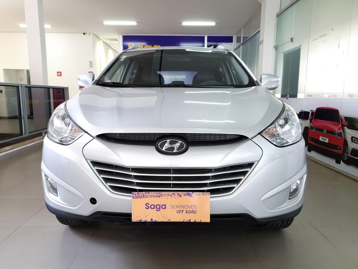 //www.autoline.com.br/carro/hyundai/ix35-20-16v-flex-4p-automatico/2015/uberlandia-mg/15780870