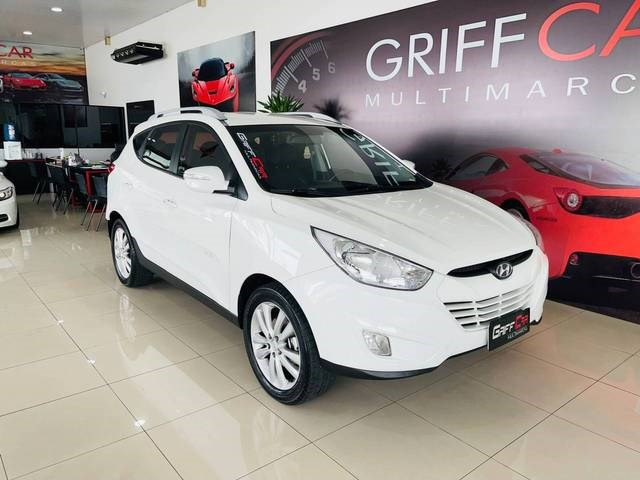 //www.autoline.com.br/carro/hyundai/ix35-20-gls-16v-flex-4p-automatico/2016/dois-irmaos-rs/15823145