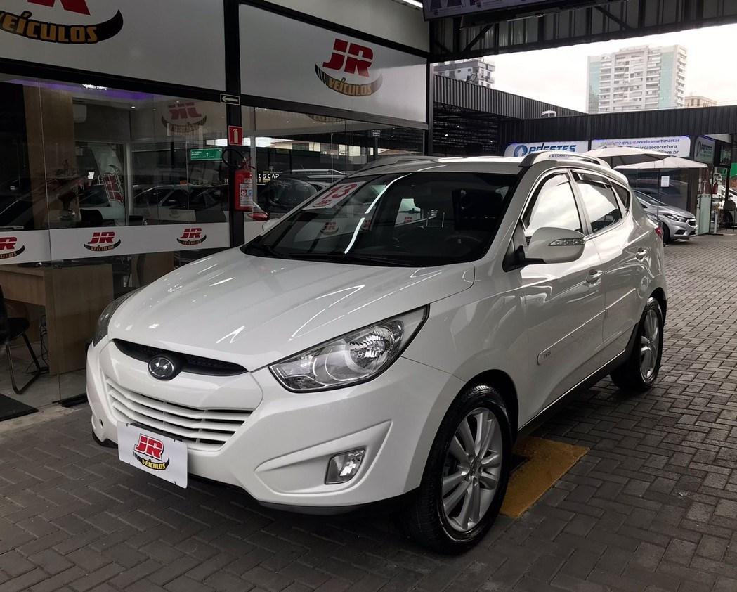 //www.autoline.com.br/carro/hyundai/ix35-20-16v-flex-4p-automatico/2013/santos-sp/15851726