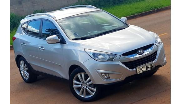 //www.autoline.com.br/carro/hyundai/ix35-20-gls-top-2wd-16v-170cv-4p-gasolina-automati/2012/brasilia-df/6950802