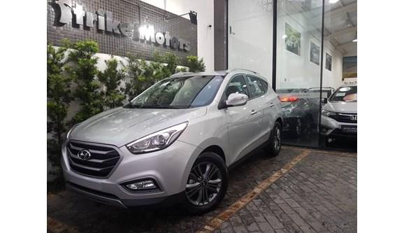 //www.autoline.com.br/carro/hyundai/ix35-20-entrada-16v-flex-4p-automatico/2019/sao-paulo-sp/7647000