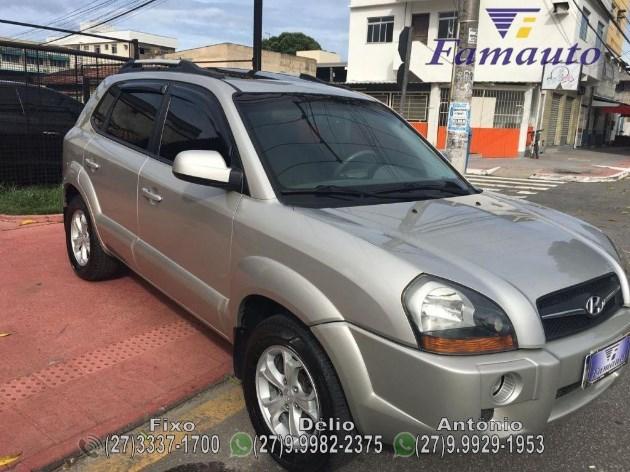 //www.autoline.com.br/carro/hyundai/tucson-27-gls-24v-gasolina-4p-automatico-4x4/2010/serra-es/10072050