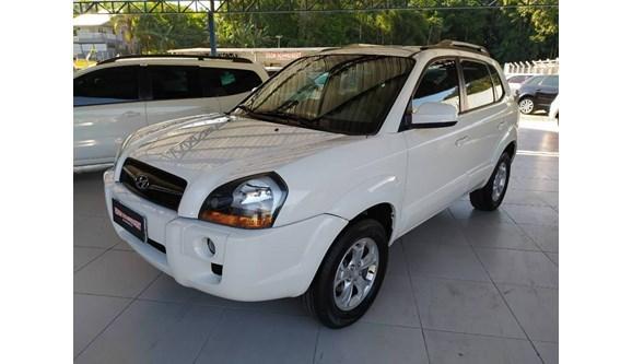 //www.autoline.com.br/carro/hyundai/tucson-20-gls-16v-flex-4p-automatico/2017/blumenau-sc/11450651