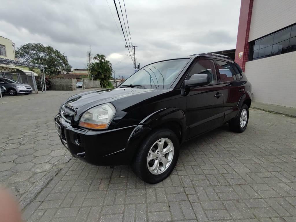 //www.autoline.com.br/carro/hyundai/tucson-20-gl-16v-gasolina-4p-manual/2010/joinville-sc/12610631