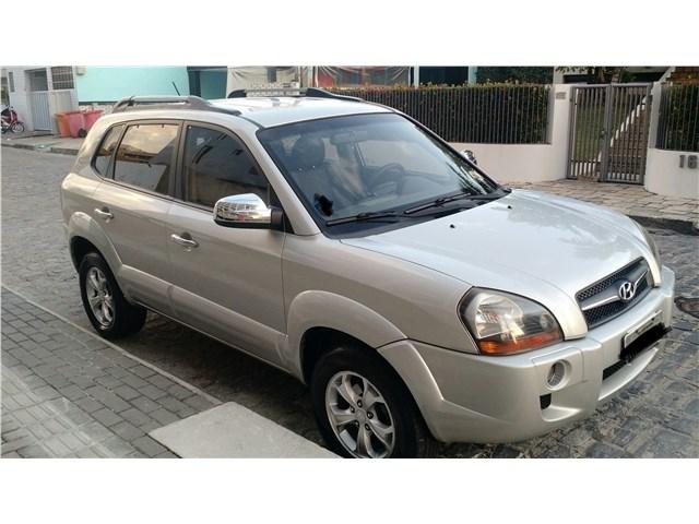 //www.autoline.com.br/carro/hyundai/tucson-20-gl-16v-gasolina-4p-automatico/2010/sao-joao-de-meriti-rj/13949933
