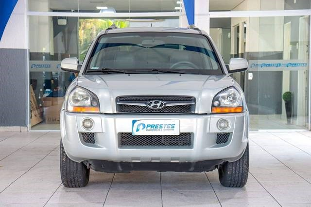 //www.autoline.com.br/carro/hyundai/tucson-20-gls-16v-flex-4p-automatico/2013/santos-sp/14942265
