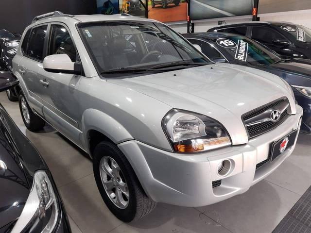 //www.autoline.com.br/carro/hyundai/tucson-20-gls-16v-flex-4p-automatico/2013/sao-paulo-sp/15832690